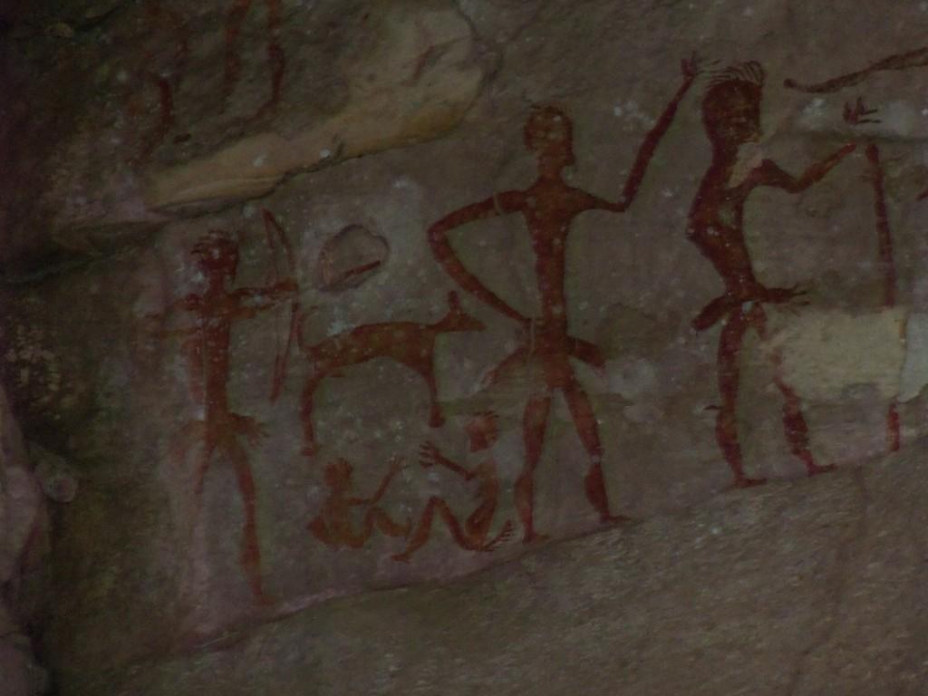 ภาพเขียนสีโบราณ 4000 ปี PREHISTORIC ROCK PAINTINGS